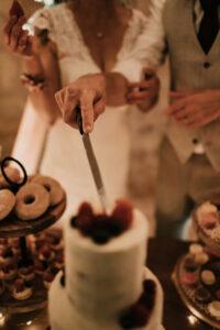 naked cake boho bordeaux