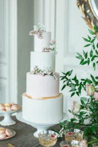 gâteau de mariage bordeaux